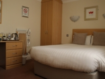 Room-6-e1483641890641