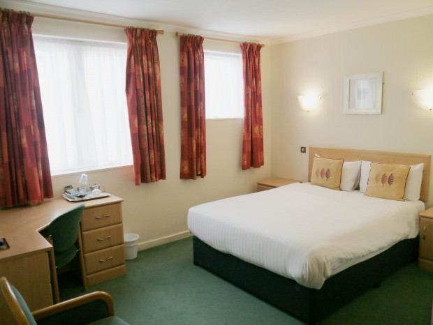 Double Room Hotel Restaurant Stockport King-Size Bed